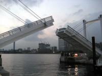 ららぽーと豊洲跳ね上げ橋