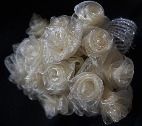 rosecorsage069.jpg
